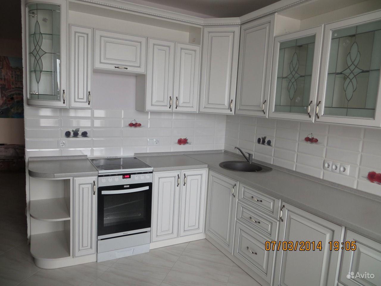 Кухня мдф патина 2мx2.7м, модель 77-60.  Москва