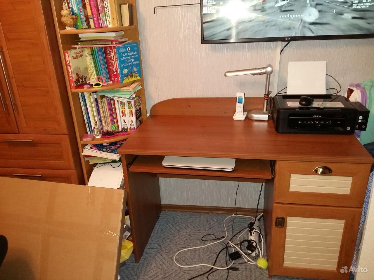 Письменный стол зеленограде
