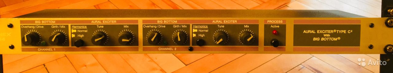 Aphex 104 Aural exciter type C2 with Big Bottom