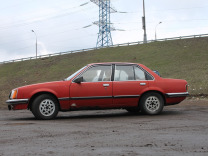 Opel Commodore, 1982