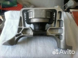 подушка двигателя для mazda 3