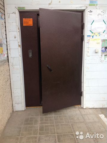 установка домофона в металлические двери