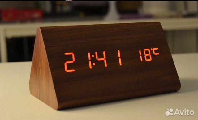 14 современных деревянных настенных часов, чтобы украсить любой декор