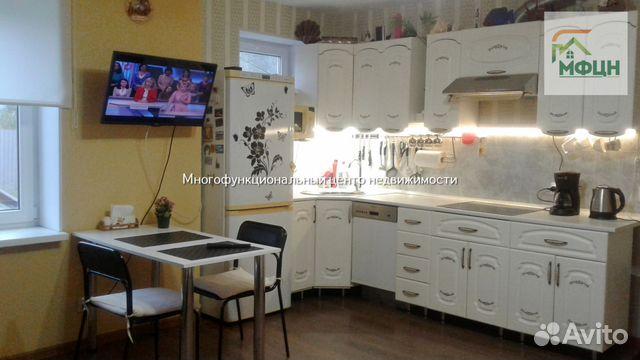 Продается трехкомнатная квартира за 2 100 000 рублей. Глинки ул, 6.
