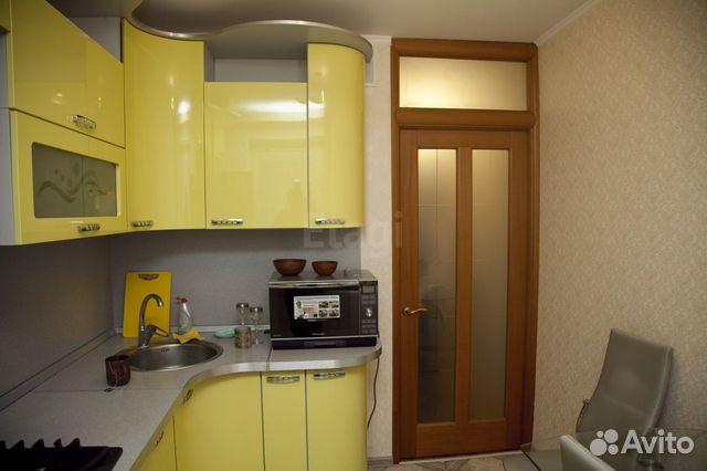 Продается четырехкомнатная квартира за 3 700 000 рублей. Революции,7.