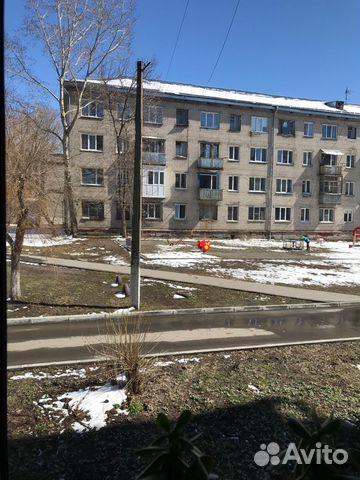 Продается двухкомнатная квартира за 1 900 000 рублей. г Барнаул, ул 40 лет Октября, д 36/37.