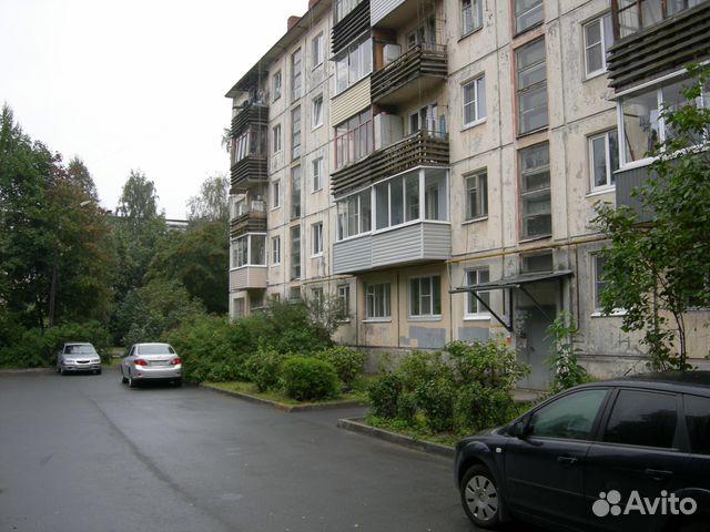 Продается двухкомнатная квартира за 2 349 000 рублей. г Петрозаводск, р-н Октябрьский, ул Краснофлотская, д 16.