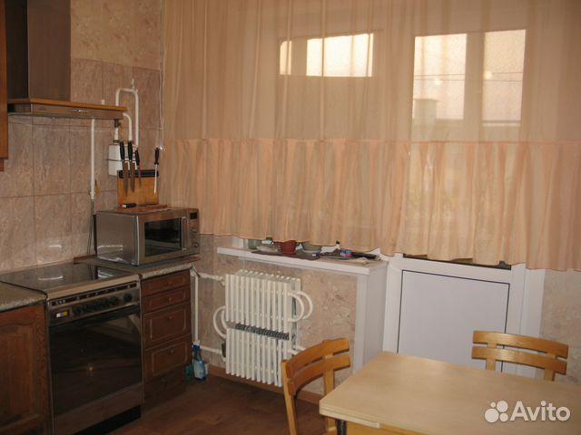 Продается трехкомнатная квартира за 3 350 000 рублей. г Курск, ул Карла Маркса, д 72 к 20.
