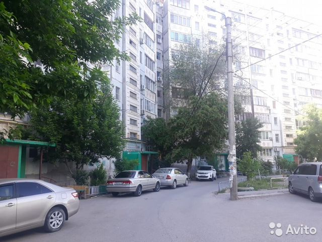 Продается трехкомнатная квартира за 2 450 000 рублей. г Астрахань, ул Краснодарская, д 43.