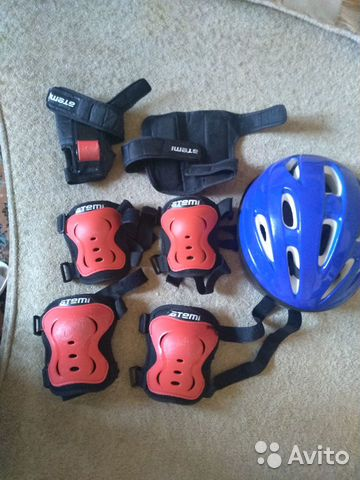 Защита на колени, руки и шлем