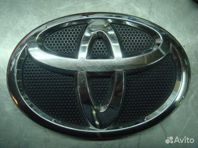 89205500007 Королла 150 Эмблема решетки радиатора 2006-12