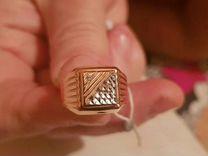 Золотая печатка-перстень