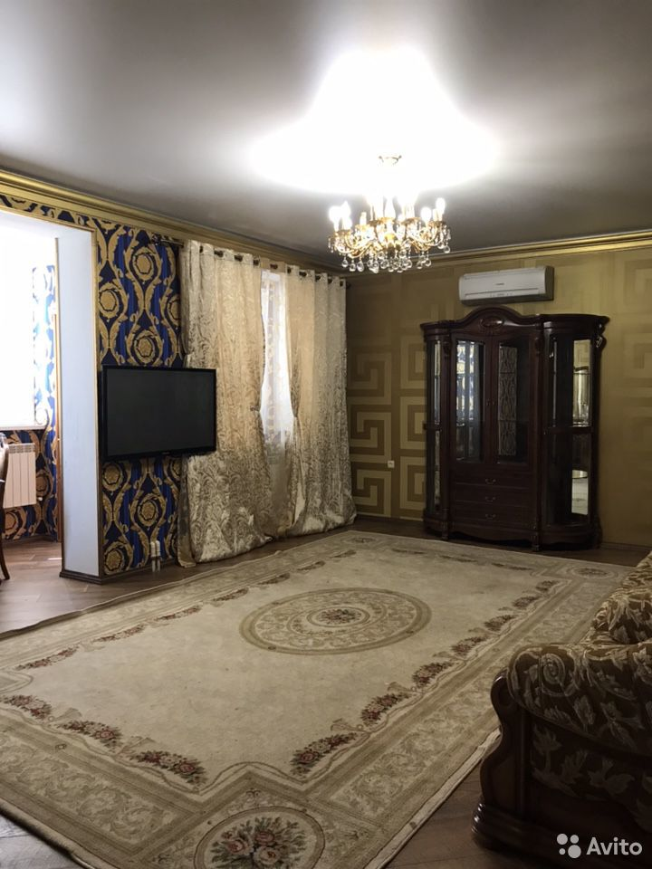 2-room apartment, 80 m2, 4/5 floor.  89286728869 buy 2