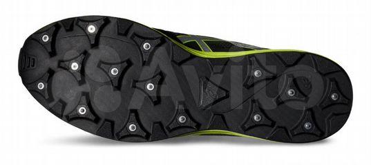 d689ac4b27e0 Непромокаемые кроссовки с металлическими шипами купить в Москве на Avito —  Объявления на сайте Авито