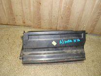 Бардачок Nissan Almera (N16)